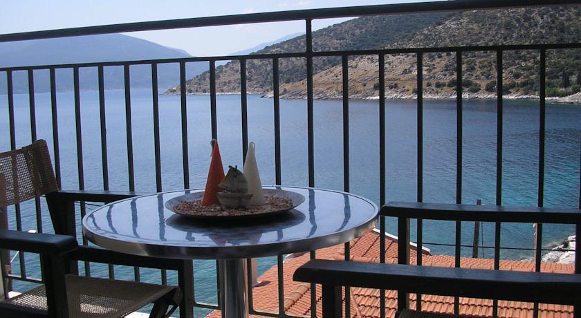Poseidon apartments Agia Efimia Kefalonia